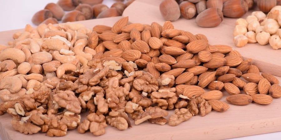How To Grow Macadamia Nuts Macadamia Nuts Macadamia Growing Peanuts